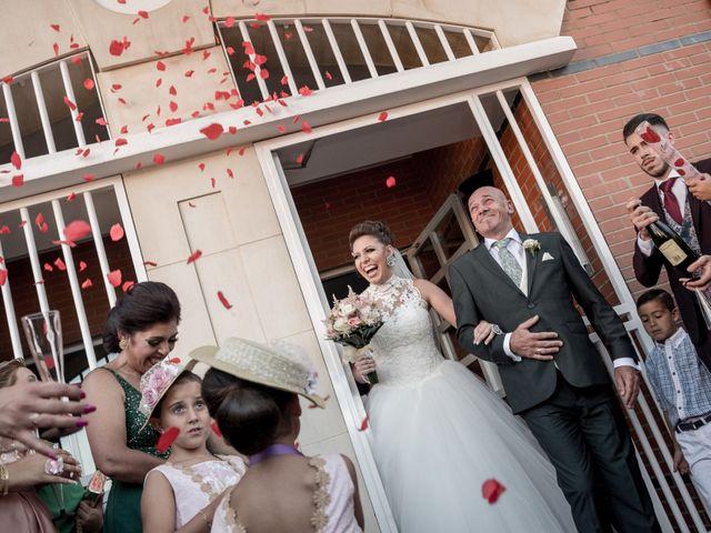 La boda de Fernando y Aroha en Dos Hermanas, Sevilla 18