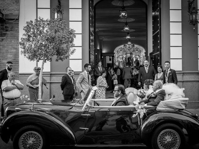 La boda de Fernando y Aroha en Dos Hermanas, Sevilla 21