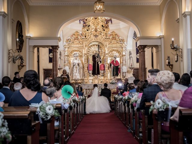 La boda de Fernando y Aroha en Dos Hermanas, Sevilla 23