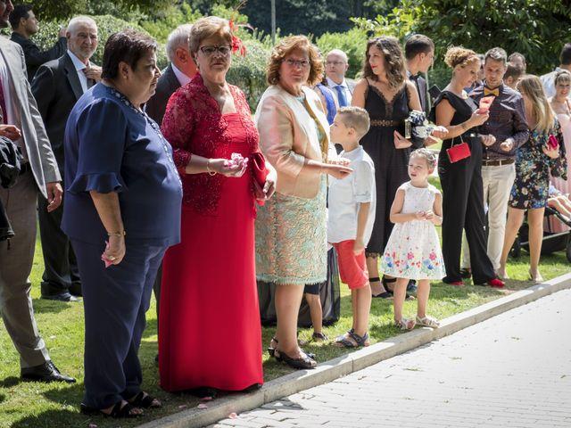 La boda de Jose y Sonya en Santiso (Santa Maria), A Coruña 27