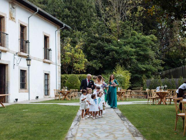 La boda de Adrián y Aida en Valdesoto, Asturias 34