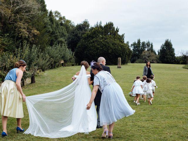 La boda de Adrián y Aida en Valdesoto, Asturias 37