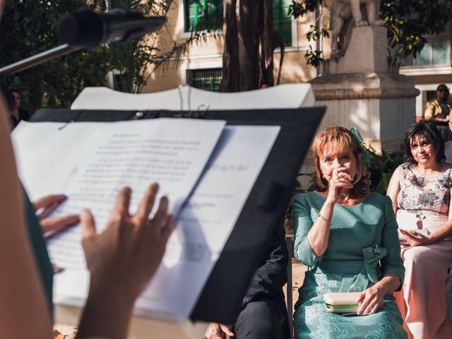 La boda de Edgar y Natalia en Elx/elche, Alicante 31