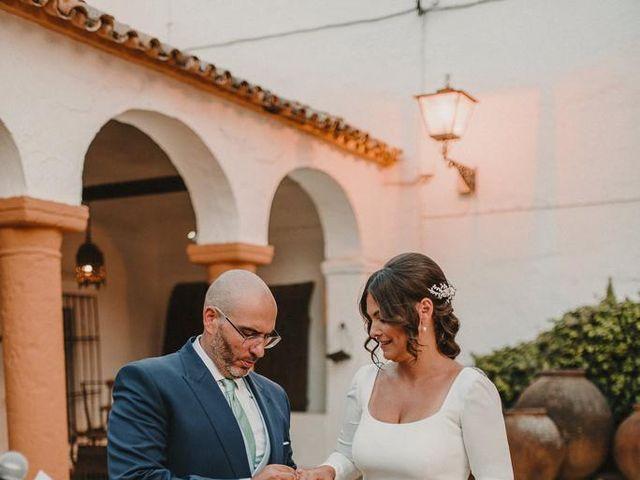 La boda de Carmen y Fernando  en Alcala De Guadaira, Sevilla 28