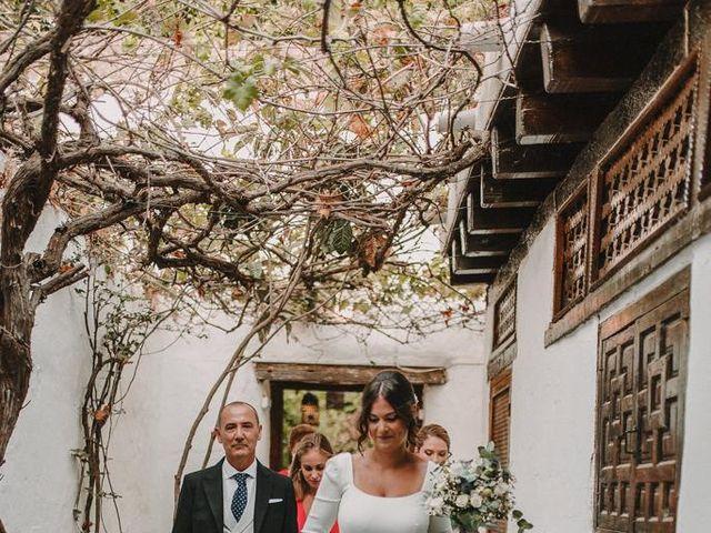 La boda de Carmen y Fernando  en Alcala De Guadaira, Sevilla 30