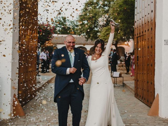 La boda de Carmen y Fernando  en Alcala De Guadaira, Sevilla 44
