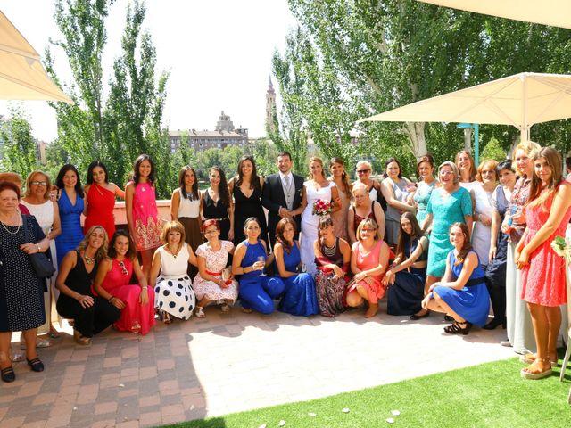 La boda de Daniel y Virginia en Zaragoza, Zaragoza 5