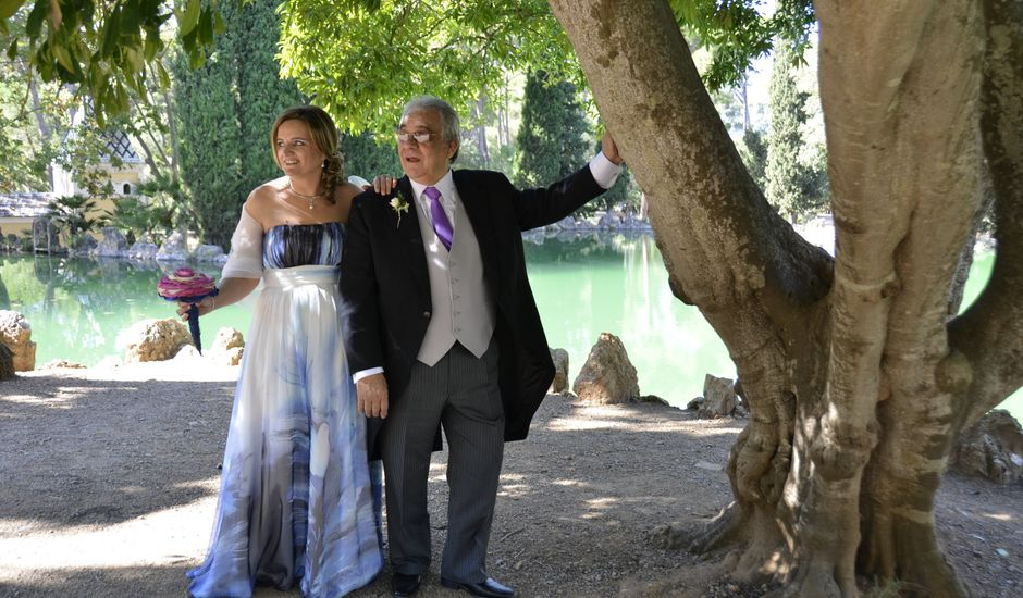 La boda de Simon y Esther en Vila-seca, Tarragona