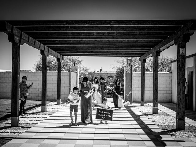La boda de Álvaro y Graciela en Vitigudino, Salamanca 18