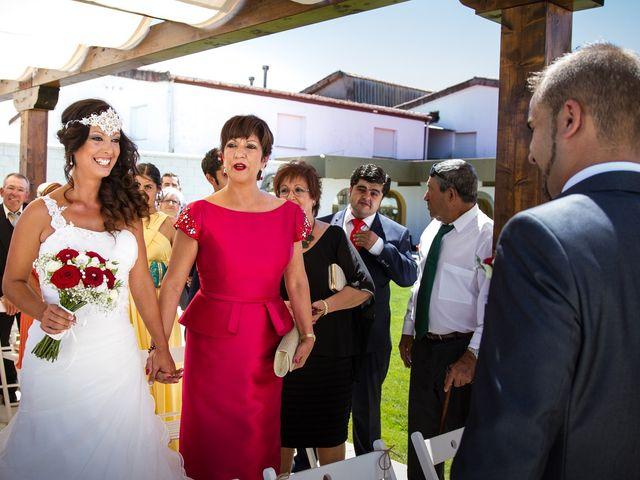 La boda de Álvaro y Graciela en Vitigudino, Salamanca 20