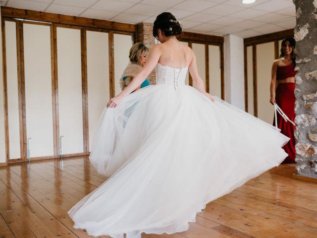 La boda de Oriol y Eli en Sant Ferriol, Girona 23