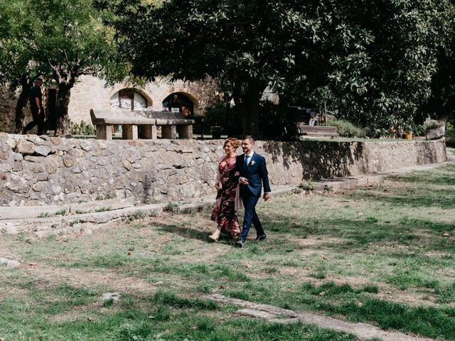La boda de Oriol y Eli en Sant Ferriol, Girona 30