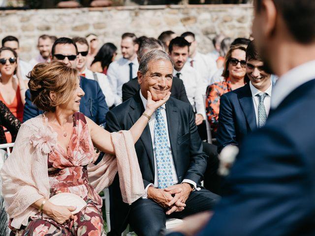 La boda de Oriol y Eli en Sant Ferriol, Girona 32