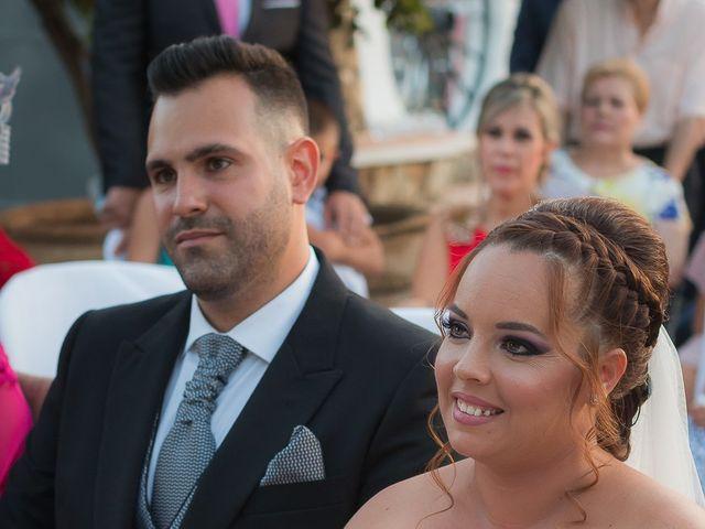 La boda de Jesús y Alejandra en Cantillana, Sevilla 20