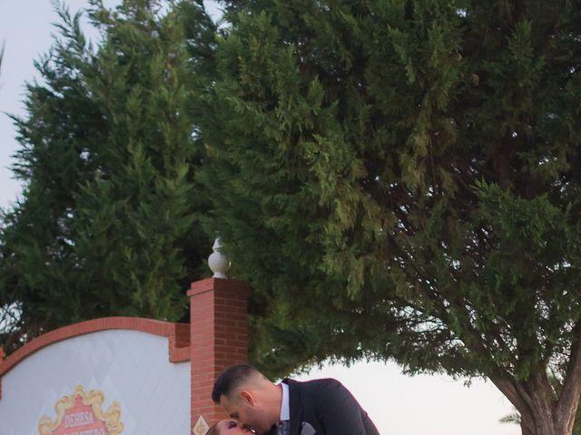 La boda de Jesús y Alejandra en Cantillana, Sevilla 32
