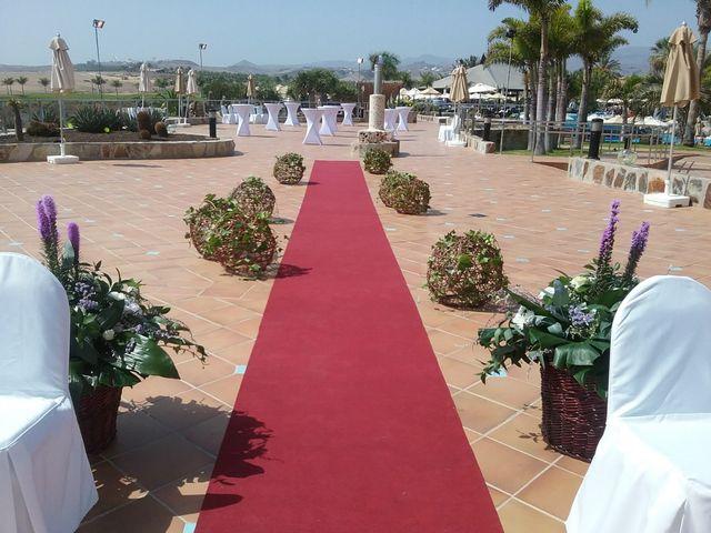 La boda de Daniel y Lianet en Las Palmas De Gran Canaria, Las Palmas 3