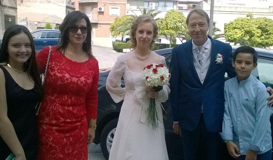 La boda de Jose Luis y Sagrario en Puertollano, Ciudad Real