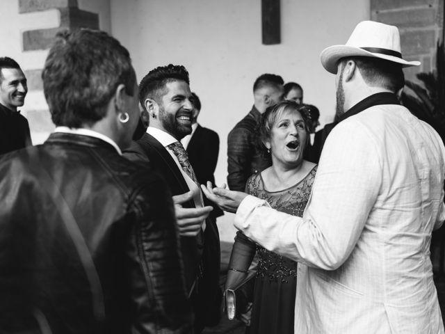 La boda de Arkaitz y Saioa en Kortezubi, Vizcaya 16