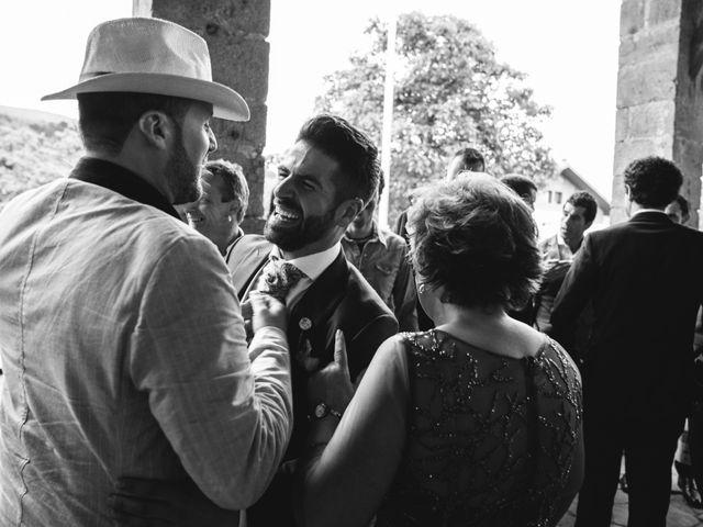 La boda de Arkaitz y Saioa en Kortezubi, Vizcaya 17