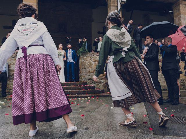 La boda de Arkaitz y Saioa en Kortezubi, Vizcaya 32
