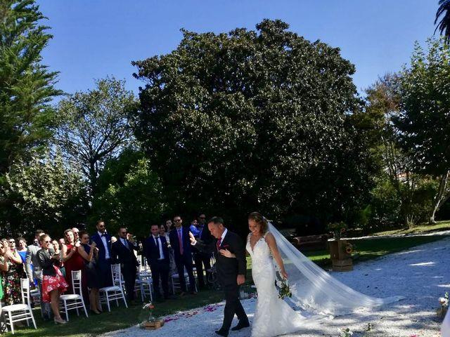 La boda de Marcos  y Laura en A Pobra Do Caramiñal, A Coruña 6