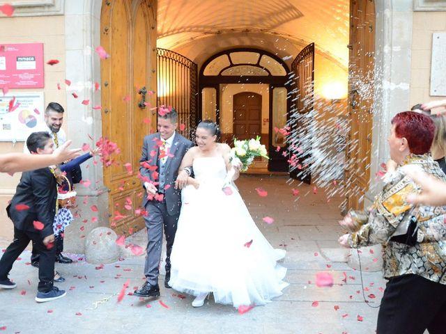 La boda de Daniela y Jacinto en Cornella De Llobregat, Barcelona 1