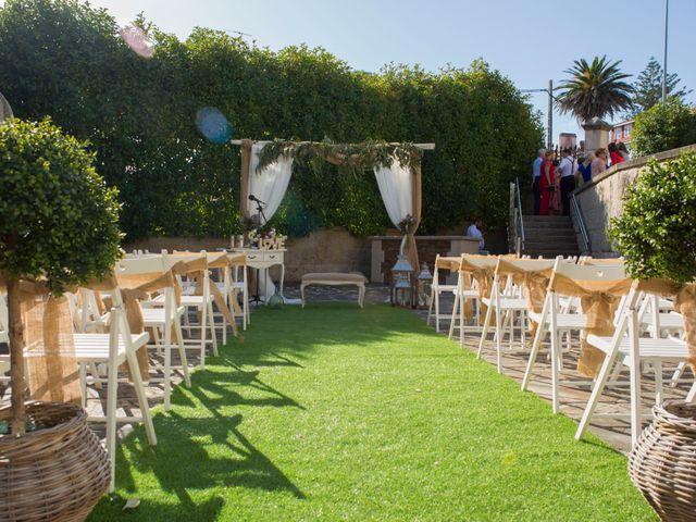 La boda de Javi y Marta en Ferrol, A Coruña 15