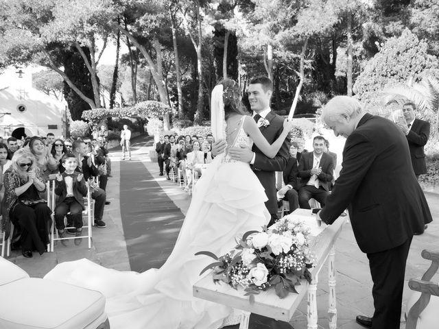 La boda de Antonio y Natia en Sant Vicenç De Montalt, Barcelona 18