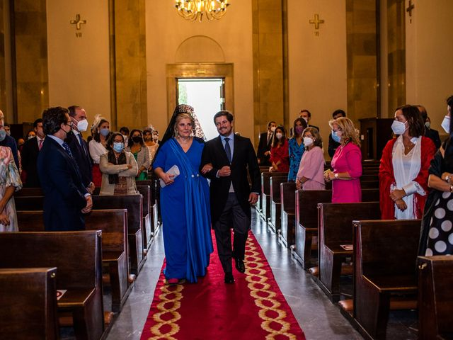 La boda de Borja y Irene en Torrelodones, Madrid 14
