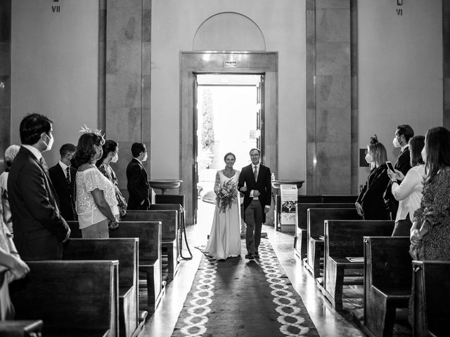 La boda de Borja y Irene en Torrelodones, Madrid 21