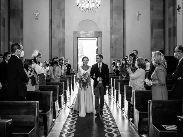 La boda de Borja y Irene en Torrelodones, Madrid 22