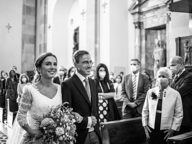La boda de Borja y Irene en Torrelodones, Madrid 23
