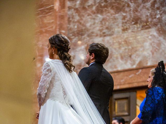 La boda de Borja y Irene en Torrelodones, Madrid 33