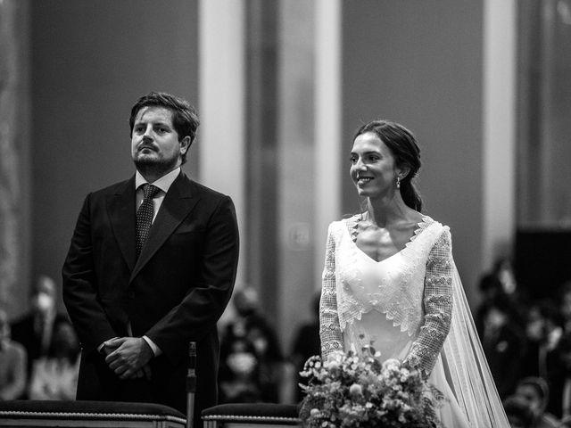 La boda de Borja y Irene en Torrelodones, Madrid 37