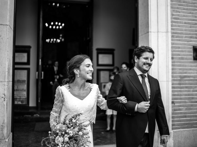 La boda de Borja y Irene en Torrelodones, Madrid 40