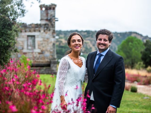 La boda de Borja y Irene en Torrelodones, Madrid 51