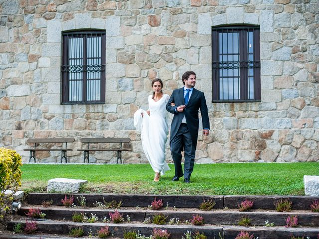La boda de Borja y Irene en Torrelodones, Madrid 97