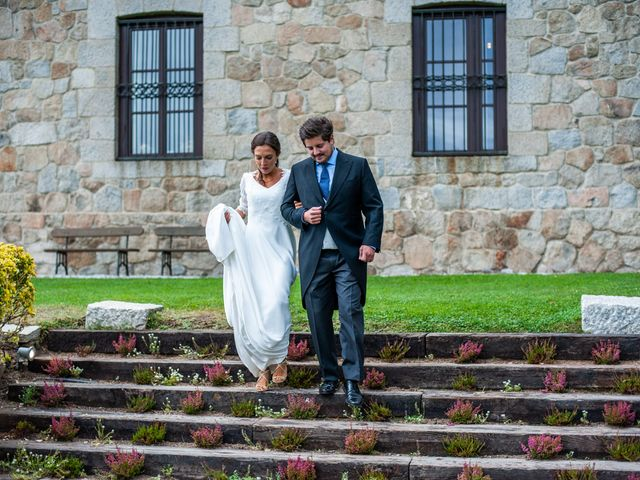 La boda de Borja y Irene en Torrelodones, Madrid 98