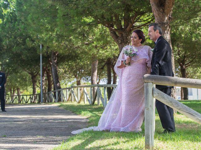 La boda de Karina y Fernando en El Puerto De Santa Maria, Cádiz 28