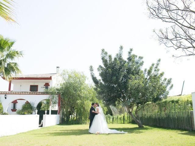 La boda de Sergio y Sonia en Tomares, Sevilla 15