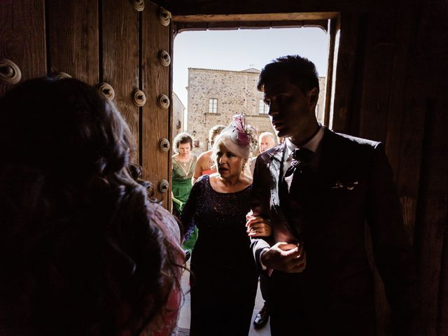 La boda de Roberto y Diana en Cáceres, Cáceres 22