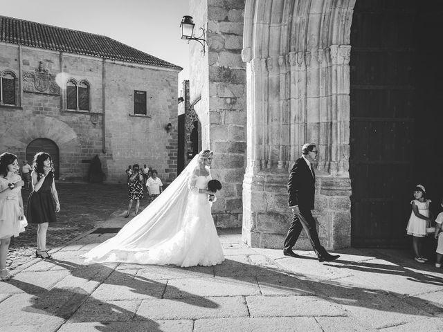 La boda de Roberto y Diana en Cáceres, Cáceres 33