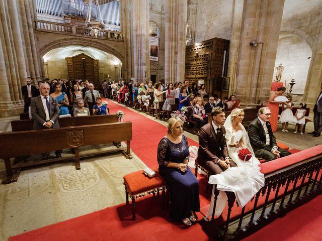 La boda de Roberto y Diana en Cáceres, Cáceres 43