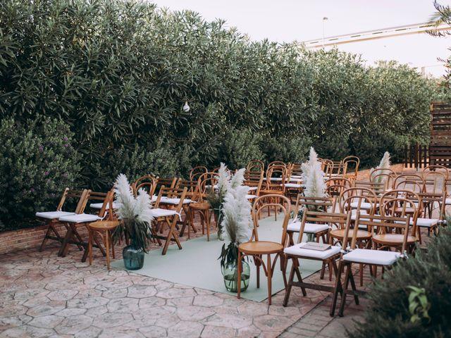 La boda de Adrián y Laura en Valencia, Valencia 4