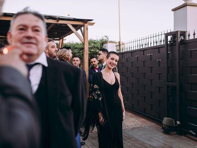 La boda de Adrián y Laura en Valencia, Valencia 19