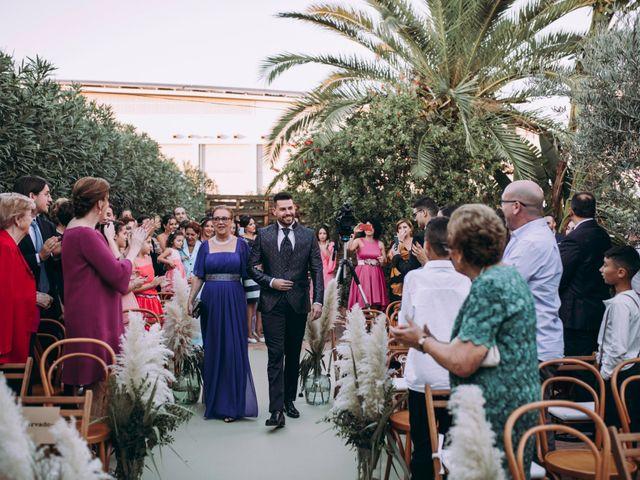 La boda de Adrián y Laura en Valencia, Valencia 22