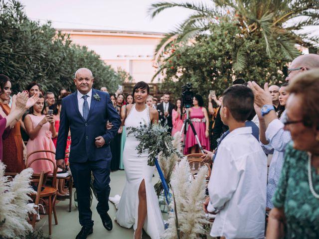 La boda de Adrián y Laura en Valencia, Valencia 24
