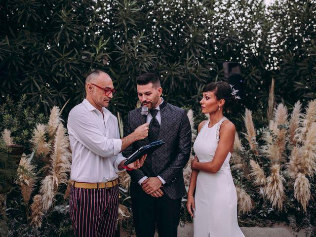 La boda de Adrián y Laura en Valencia, Valencia 43