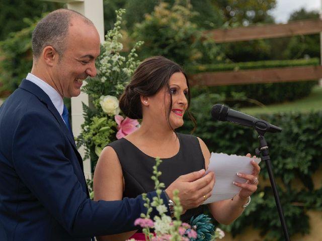 La boda de David y Monica en Cambre, A Coruña 13