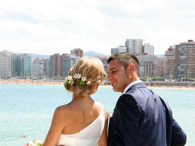 La boda de Pablo y Jessy en Villaviciosa, Asturias 23